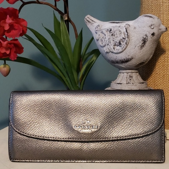 Coach Handbags - 💖 COACH Metallic Slim Envelope Wallet